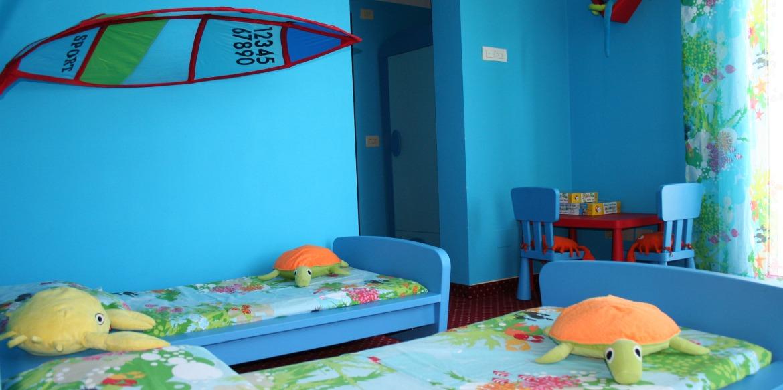 Camere hotel 3 stelle riccione family hotel riccione - Hotel con piscina riscaldata per bambini ...