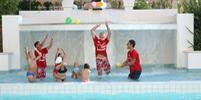 thumb-animazione-piscina