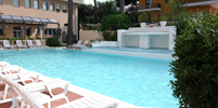 thumb-piscina-cascata-hotel-riccione