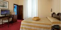hotel 3 stelle riccione con piscinaa