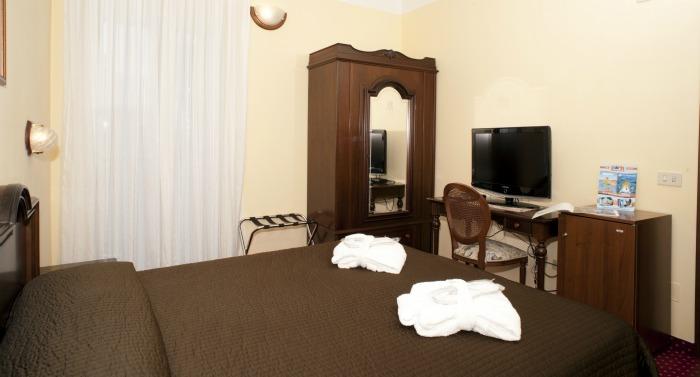 chambres hotel 3 étoiles riccione