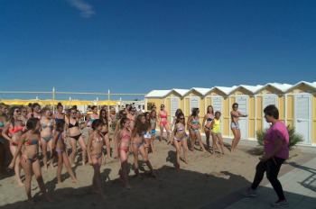 hotel in riccione with entertainment for adults
