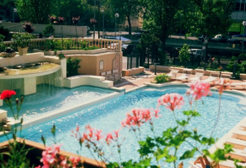 hotel riccione 3 stelle con piscina
