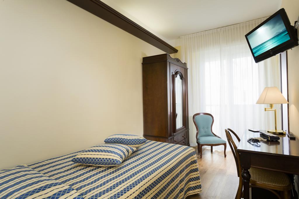 hotel 3 stelle riccione in centro